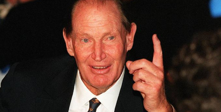 Kerry Packer Loses at Baccarat